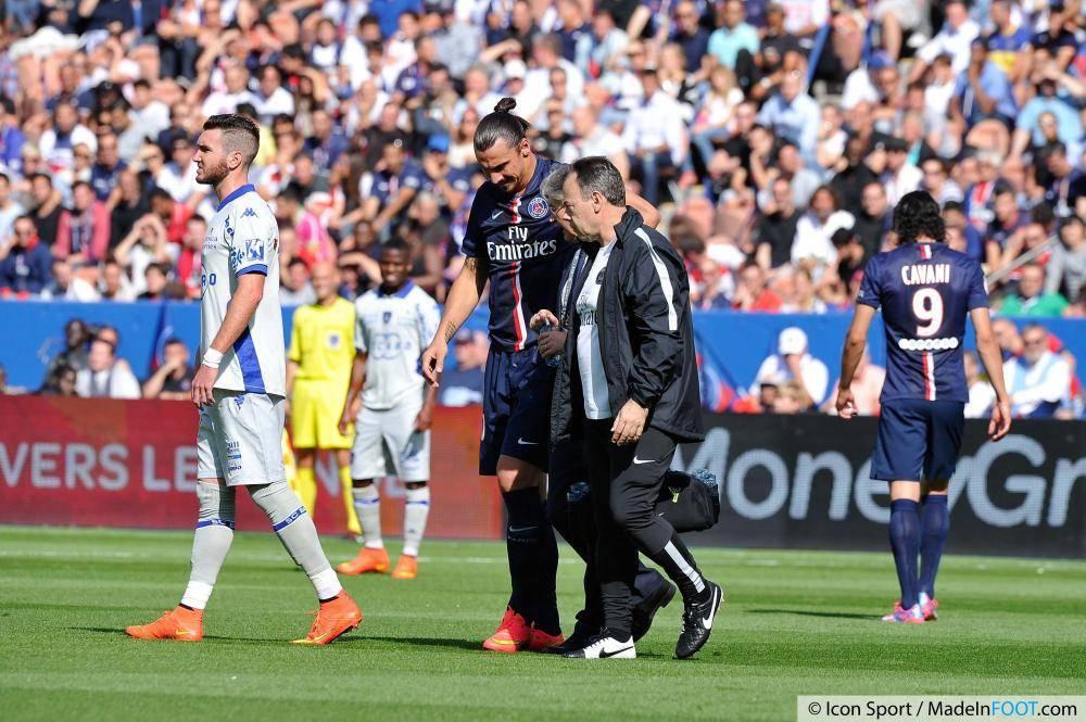 L'actualité footballistique de ce vendredi après-midi 24 Octobre 2014 a été marquée par la journée de Ligue 1 à venir
