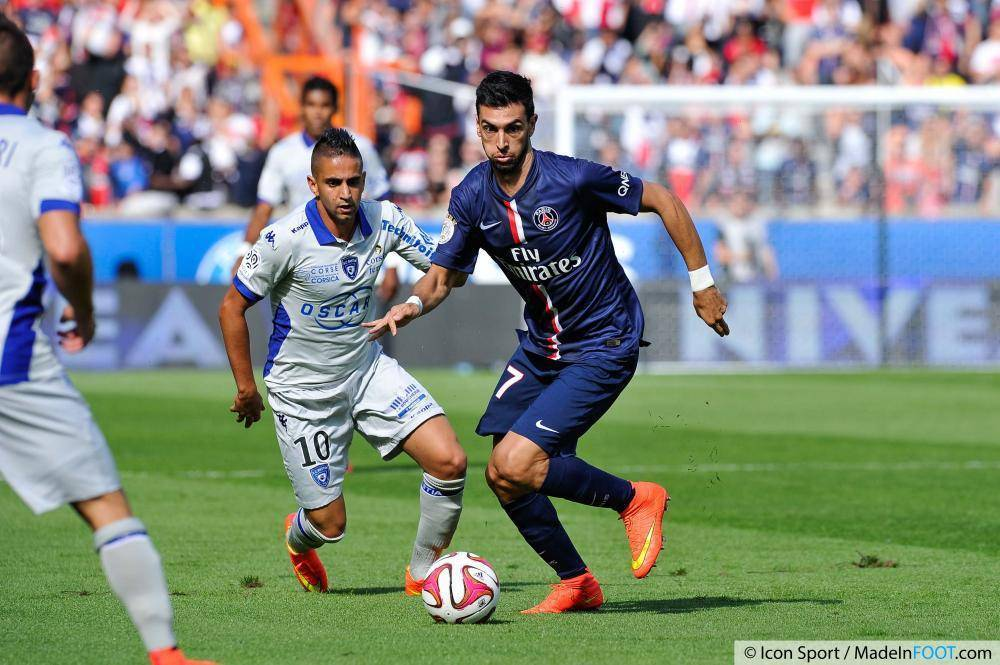 Ryad Boudebouz (SC Bastia) va s'engager jusqu'en 2019 en faveur du MHSC.