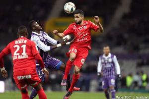 Ryad Boudebouz est toujours suivi par la Lazio Rome.