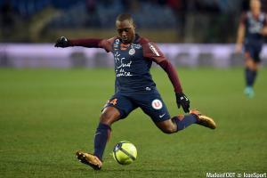 Roussillon a évolué 3 saisons sous les couleurs du MHSC (95 matchs, 7 buts).
