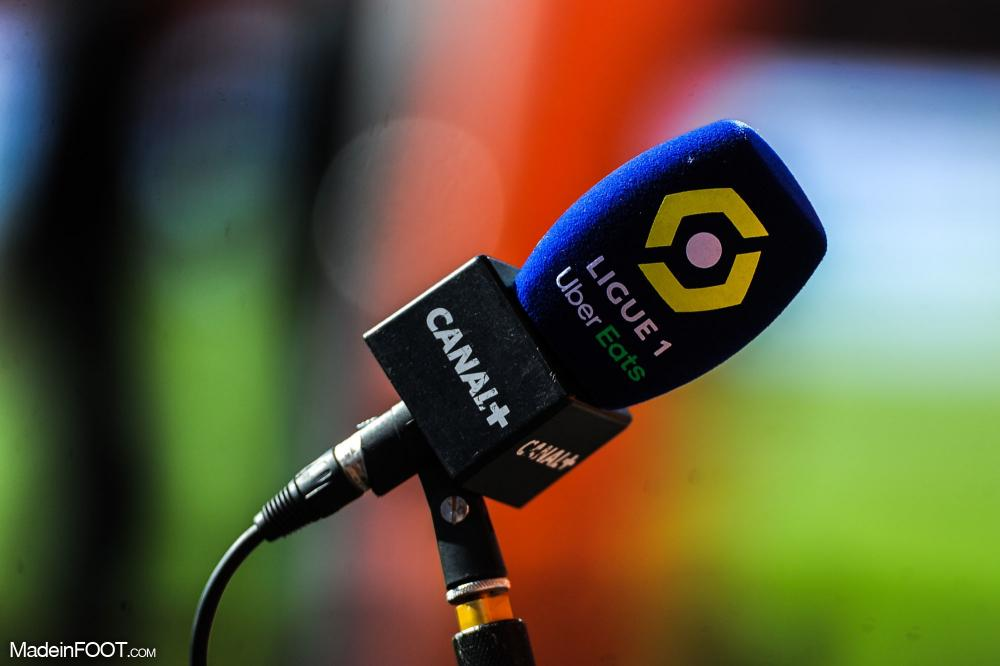 La chaîne cryptée Canal + dispose de l'intégralité des droits de la Ligue 1 et de la Ligue 2 jusqu'à la fin de la saison