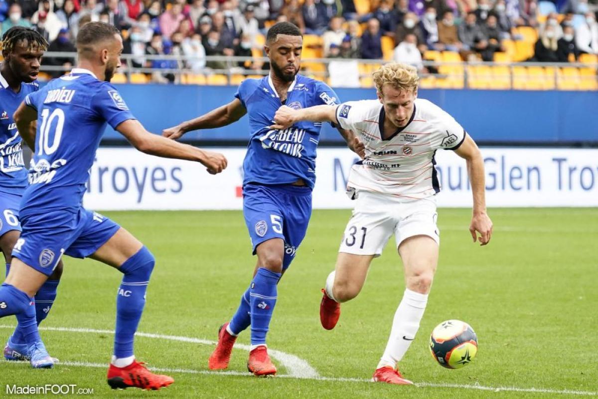 L'album photo du match entre l'ESTAC Troyes et le Montpellier HSC.